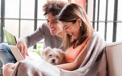Houd je relatie leuk tijdens corona: 4 tips